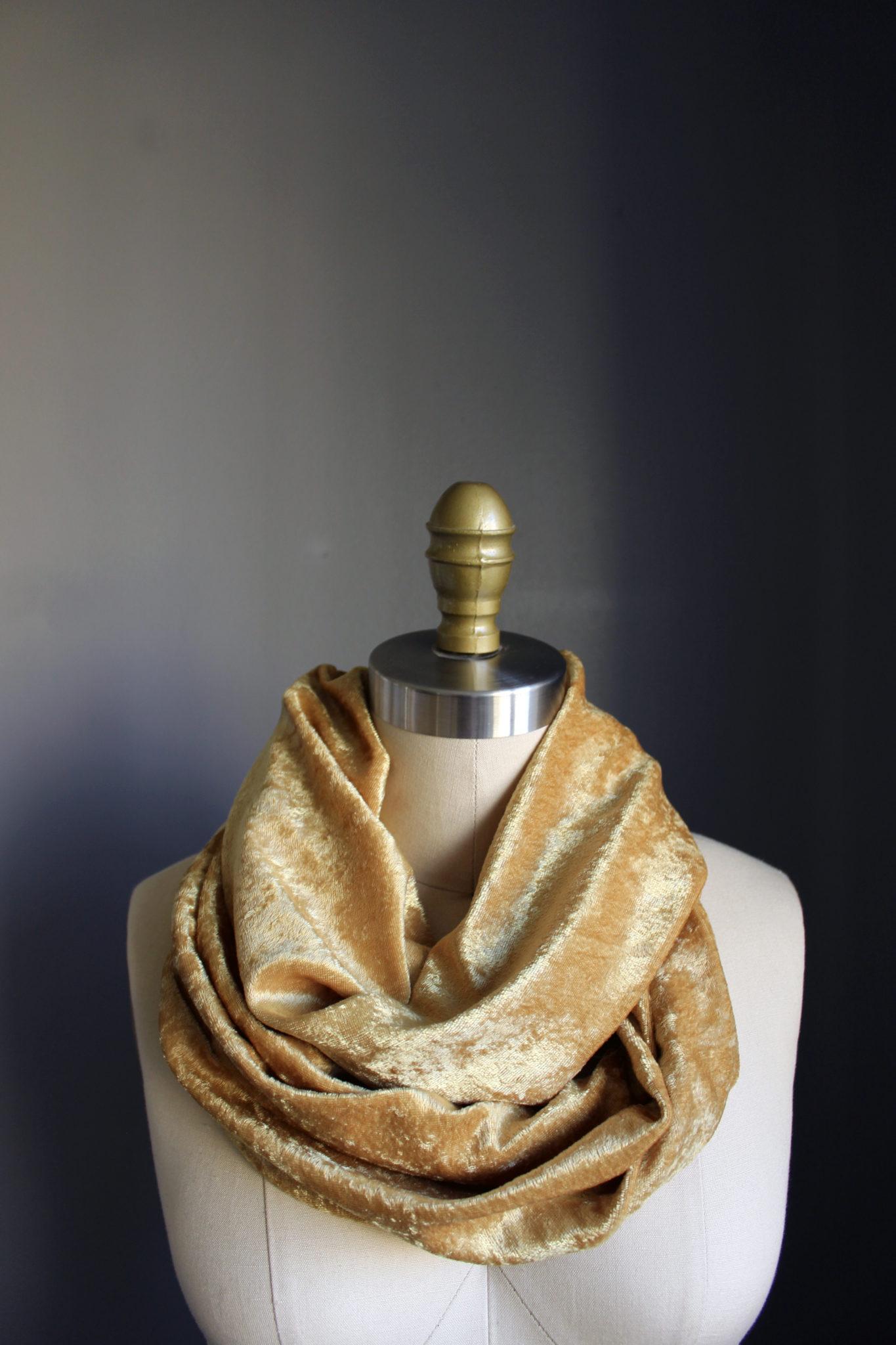 how to make a velvet scarf